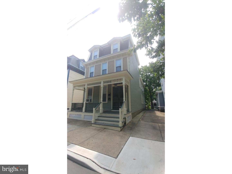 Vivienda unifamiliar por un Alquiler en 340 WILLOW Street Bordentown, Nueva Jersey 08505 Estados Unidos