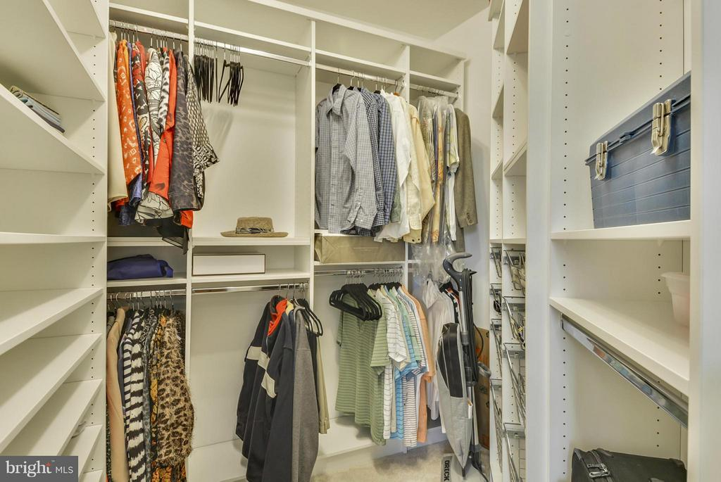 Closet Organizers in all Closets - 12001 MARKET ST #250, RESTON