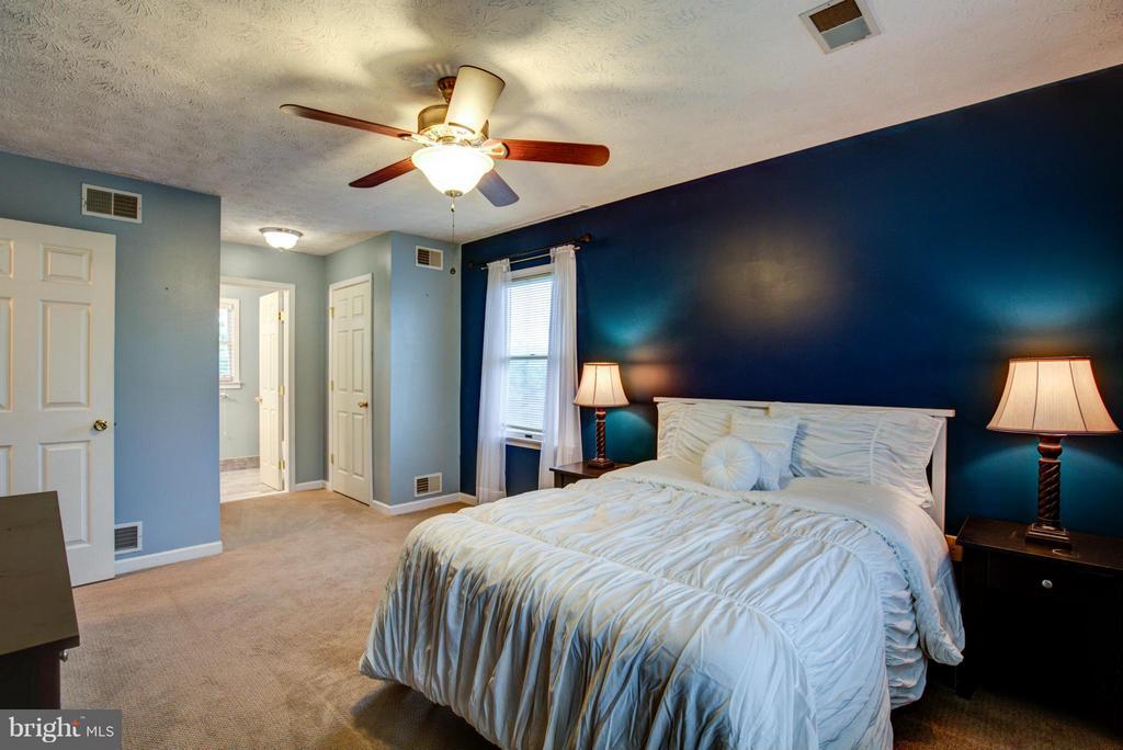Bedroom (Master) - 112 ASBURY CT, WINCHESTER