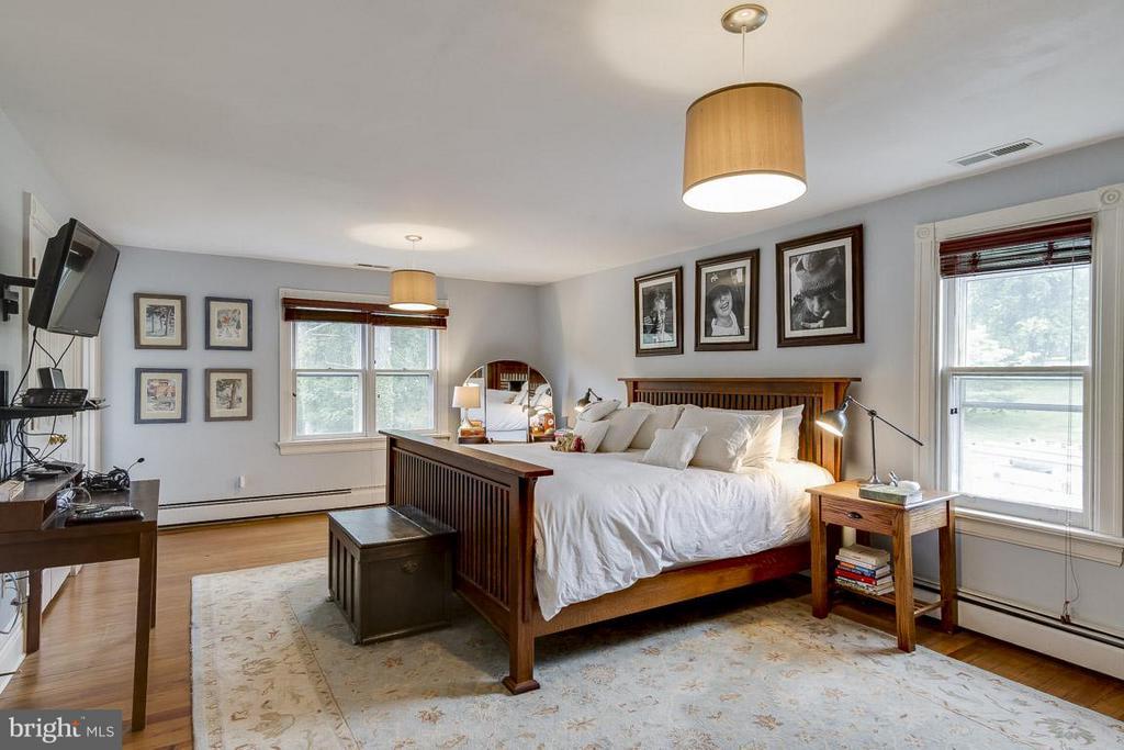 Bedroom (Master) - 36929 GAVER MILL RD, PURCELLVILLE