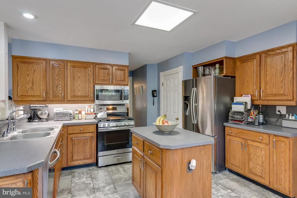 Kitchen - 36929 GAVER MILL RD, PURCELLVILLE