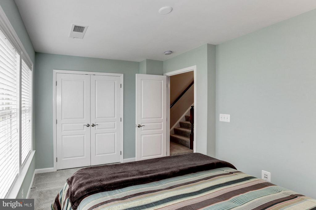 Bedroom #2 - 3325 KEMPER RD, ARLINGTON
