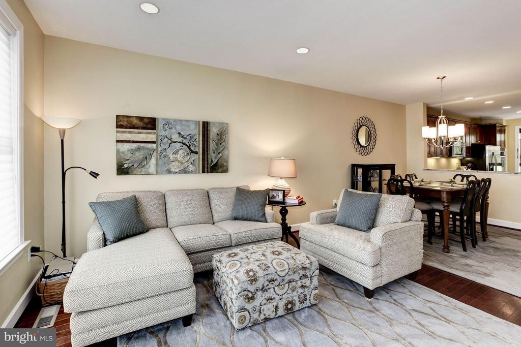 Open Floor Plan - 3325 KEMPER RD, ARLINGTON