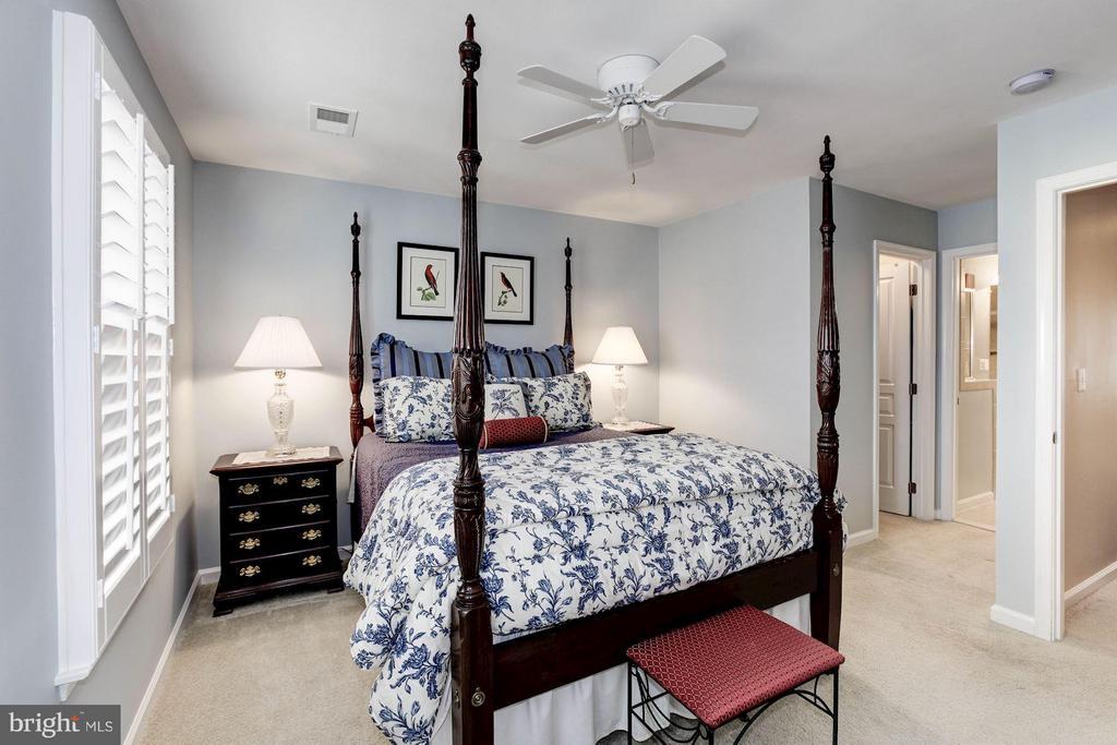 Master Bedroom - 3325 KEMPER RD, ARLINGTON