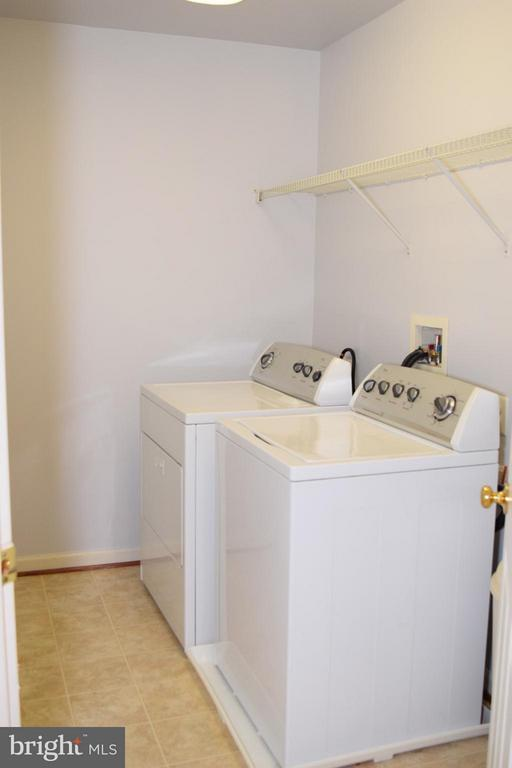 Upper Level Laundry Room - 6016 PRESWELL CT, GAINESVILLE