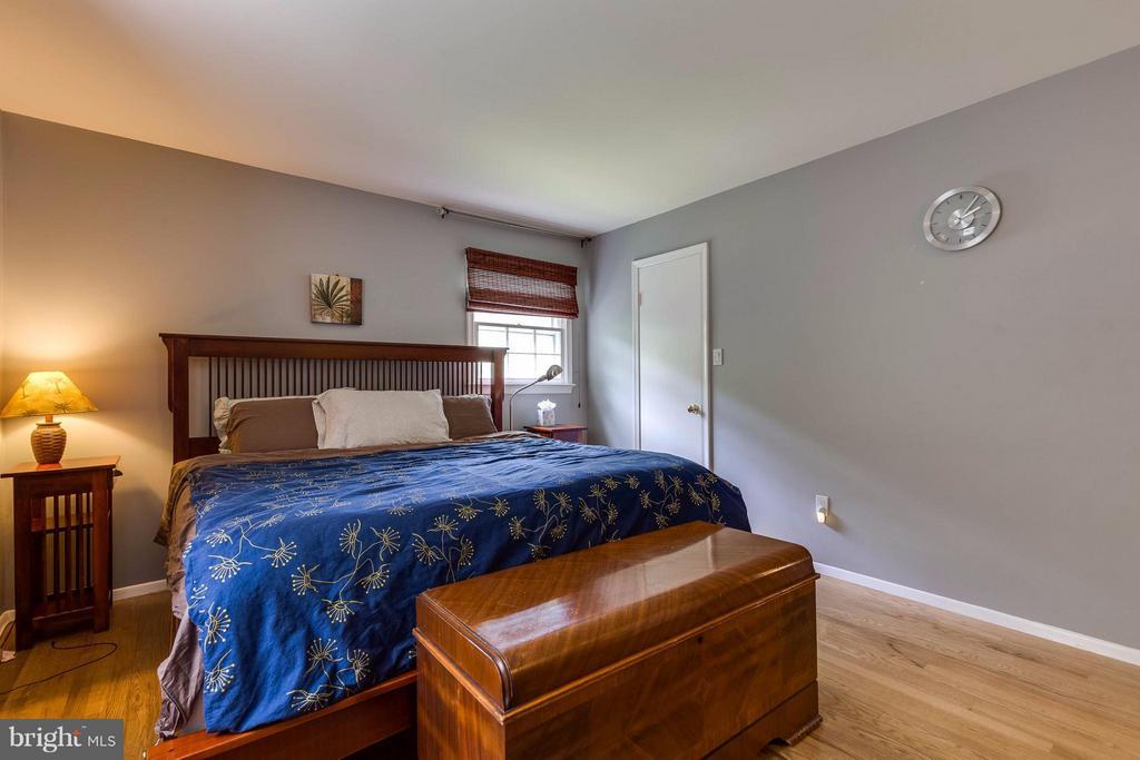 Bedroom (Master) - 4640 TARA DR, FAIRFAX