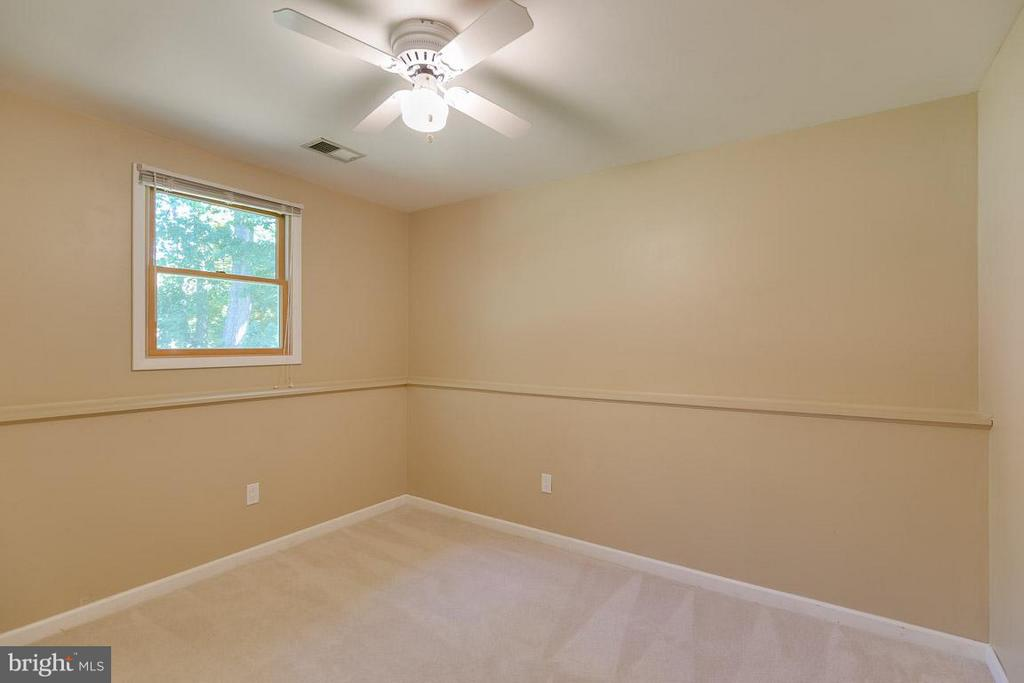 One of 4 bedrooms - 10306 STEAMBOAT LANDING LN, BURKE