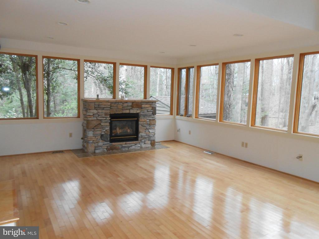 Sun Room with Stone Fireplace - 10009 WISAKON TRL, MANASSAS