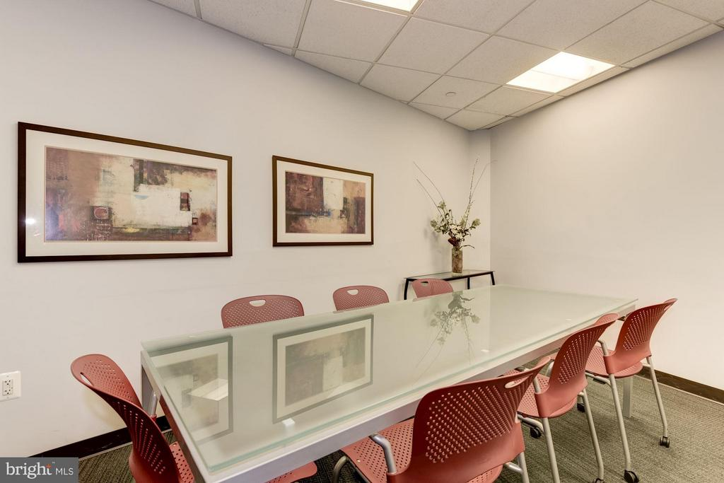 Business Center (1 of 2) - 4101 ALBEMARLE ST NW #526, WASHINGTON