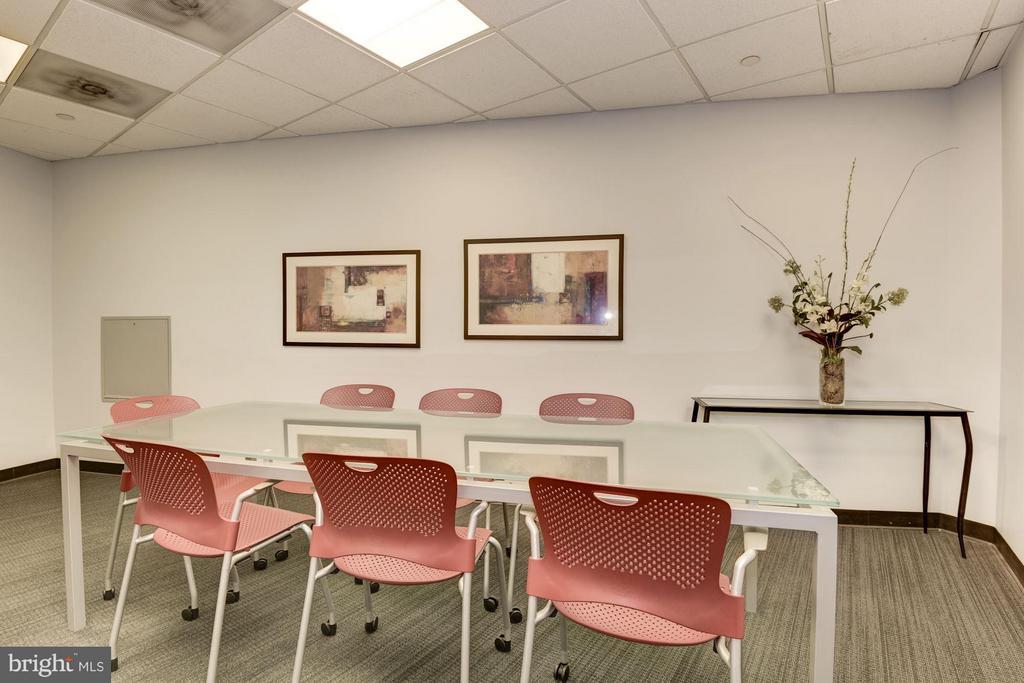 Business Center (2 of 2) - 4101 ALBEMARLE ST NW #526, WASHINGTON