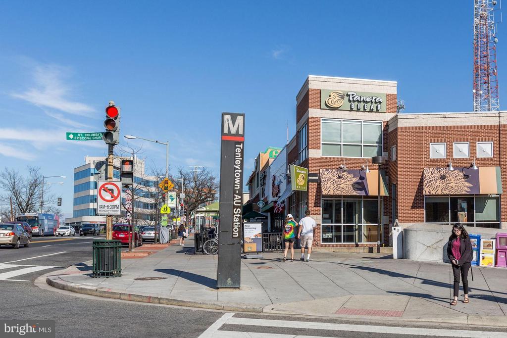 Community Tenley Metro - 4101 ALBEMARLE ST NW #526, WASHINGTON