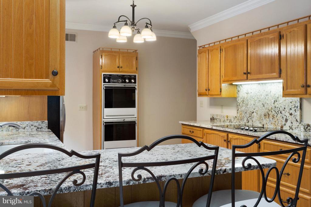 Kitchen - 10402 HAMPTON RD, FAIRFAX STATION