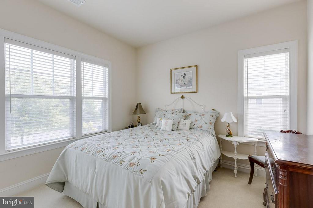 Bedroom - 44108 RIVERPOINT DR, LEESBURG