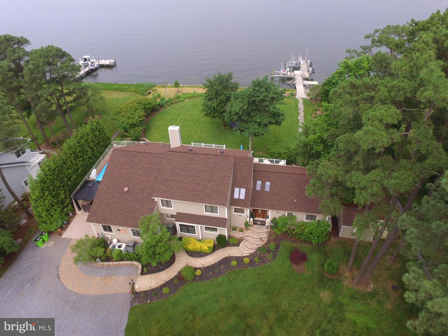 Single Family for Sale at 37 Prospect Bay Dr W Grasonville, Maryland 21638 United States