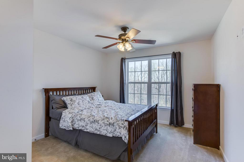 Bedroom Three - 98 COACHMAN CIR, STAFFORD
