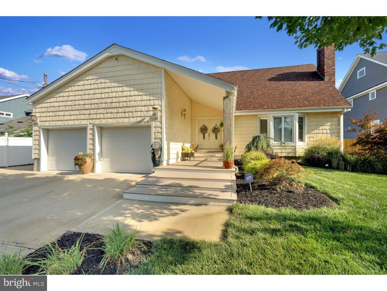 独户住宅 为 销售 在 310 CAMBOURNE Drive 汤姆斯河, 新泽西州 08753 美国