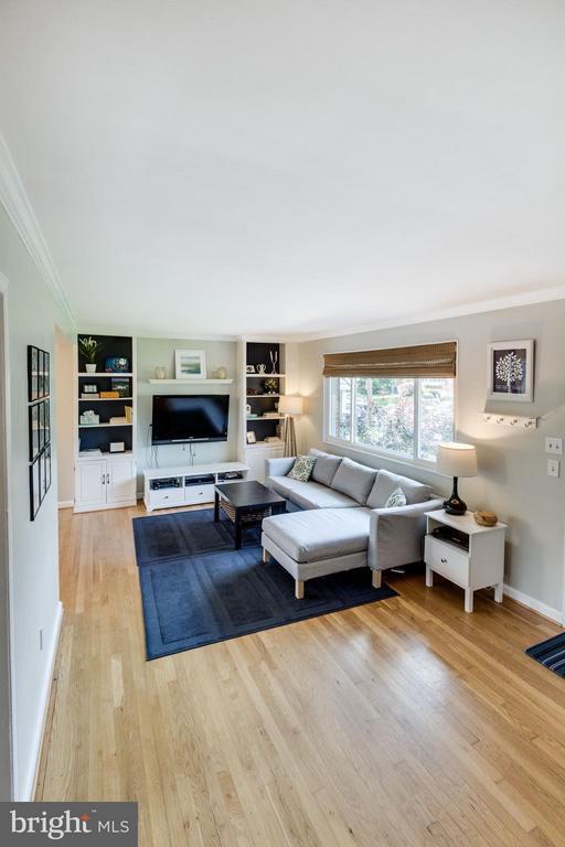 Living Room - 5312 TRUMAN AVE, ALEXANDRIA