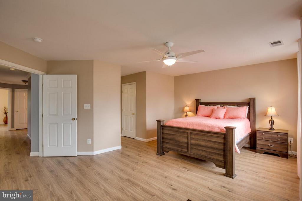 Master Bedroom /Upper Level - 14832 LINKS POND CIR, GAINESVILLE
