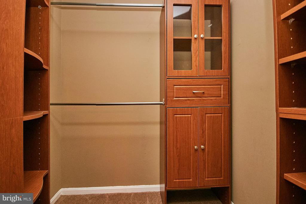 Walk-in closet two - 8657 POINT OF WOODS DR, MANASSAS