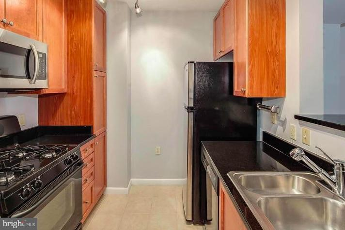 Kitchen - 851 N GLEBE RD #1707, ARLINGTON