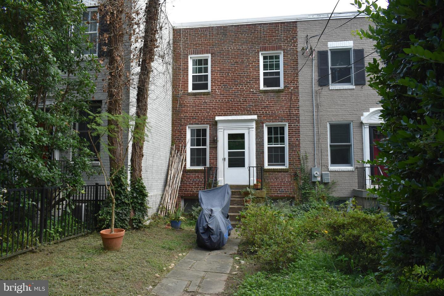 Single Family for Sale at 3550 Whitehaven Pkwy NW Washington, District Of Columbia 20007 United States