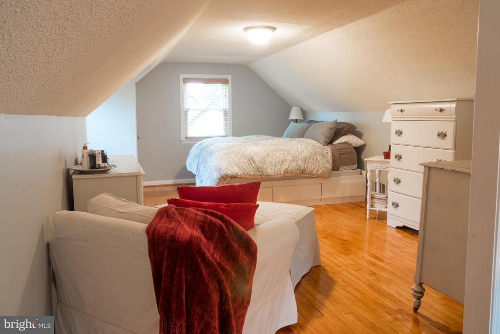 Bedroom (Master) - 6701 JEFFERSON AVE, FALLS CHURCH