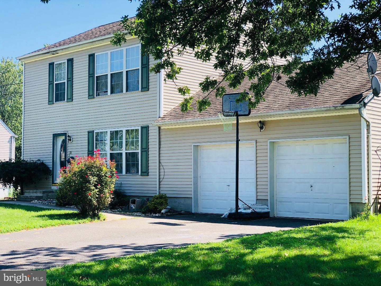 Single Family Home for Rent at 33 CLAYTON Avenue Hamilton Township, New Jersey 08619 United StatesMunicipality: Hamilton Township