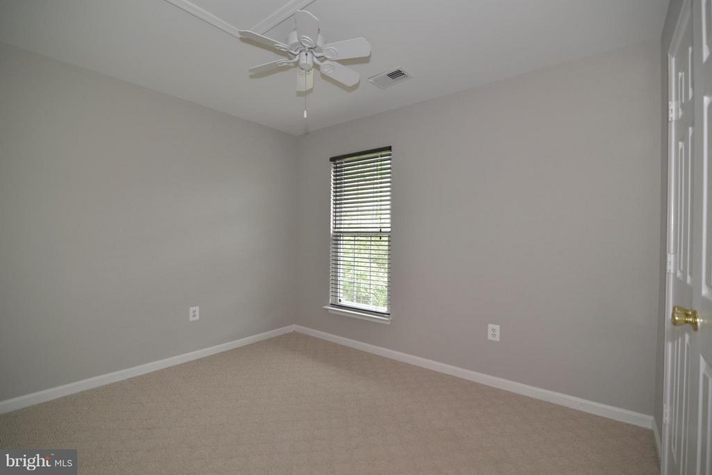 3rd of 4 bedrooms - 611 MARSHALL DR NE, LEESBURG