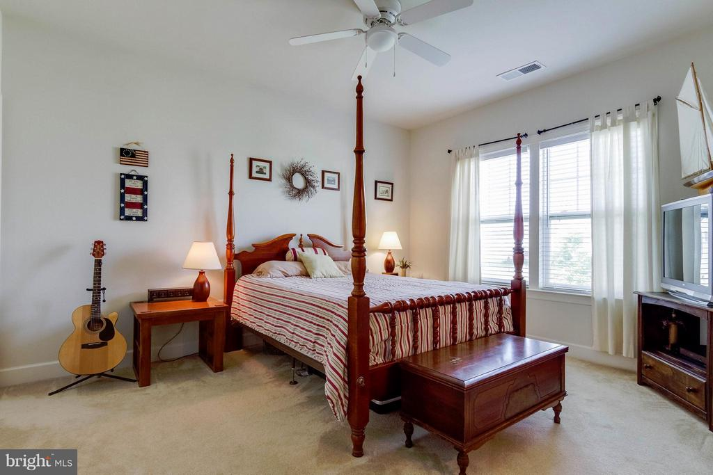 2nd Master Bedroom - 15300 MARIBELLE PL, WOODBRIDGE