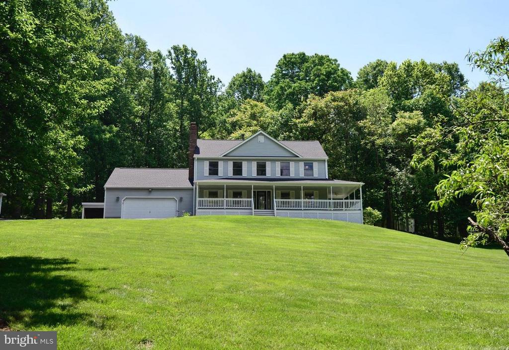 Upgrades galore, truly a treasure up the mountain. - 287 BARKER LN, BLUEMONT