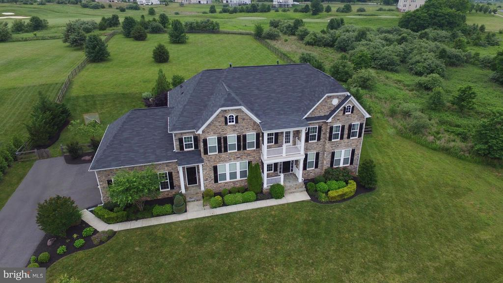 Welcome to 16545 Levade Drive! - 16545 LEVADE DR, LEESBURG