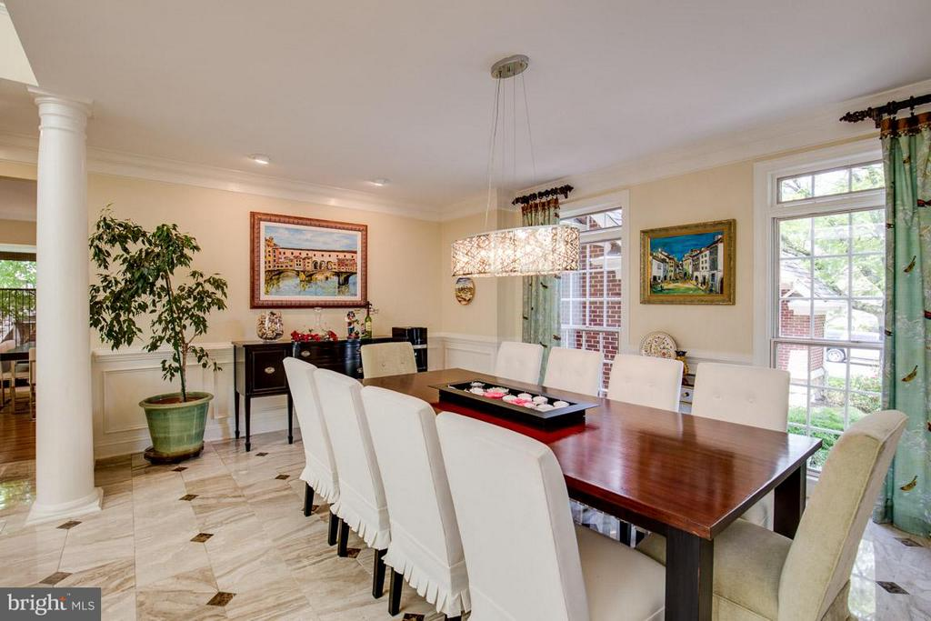 Formal Dining open to Living Room - 43319 BUTTERFIELD CT, ASHBURN