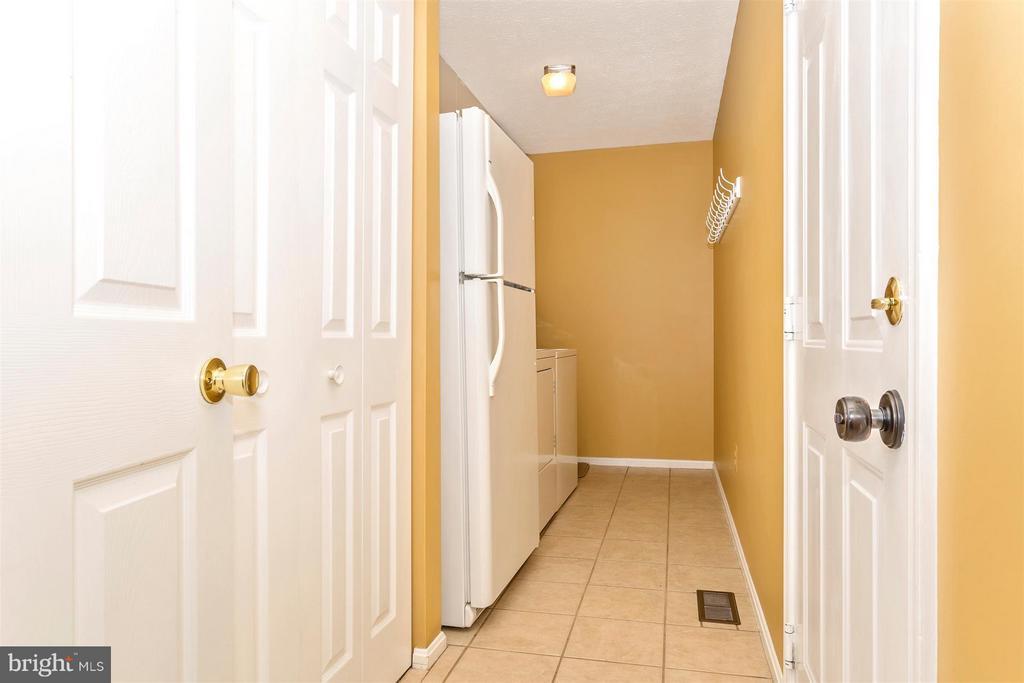 Laundry Room - 6126 SAMUEL RD, NEW MARKET