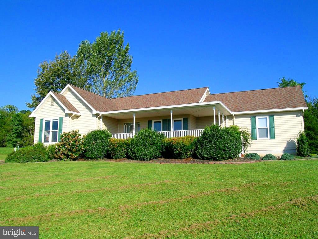 575 Fairview Cir, Woodstock, VA 22664 - Listing 1002764388 by