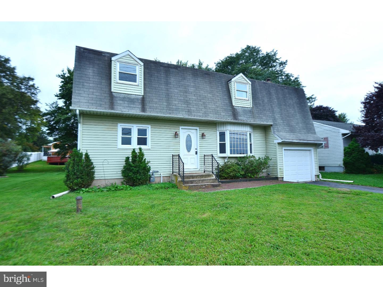 Частный односемейный дом для того Продажа на 406 OLD MILL Road Easton, Пенсильвания 18040 Соединенные ШтатыВ/Около: Forks Township
