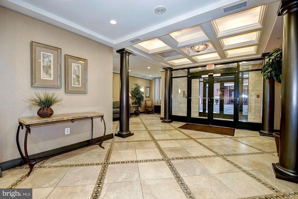 Lobby - 1205 GARFIELD ST #405, ARLINGTON