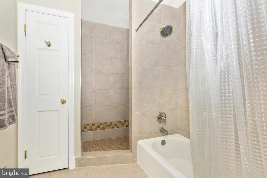 Master Bath with Ceramic Shower & Separate Tub - 3829 PURDUM DR, MOUNT AIRY