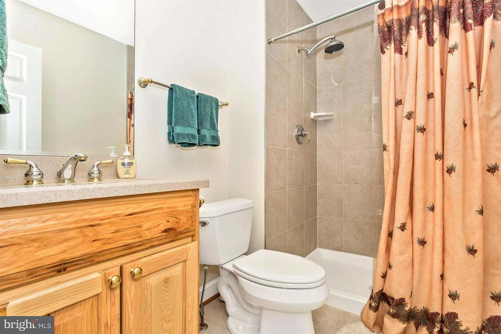 Main Level Hall Bathroom with Hickory Vanity - 3829 PURDUM DR, MOUNT AIRY