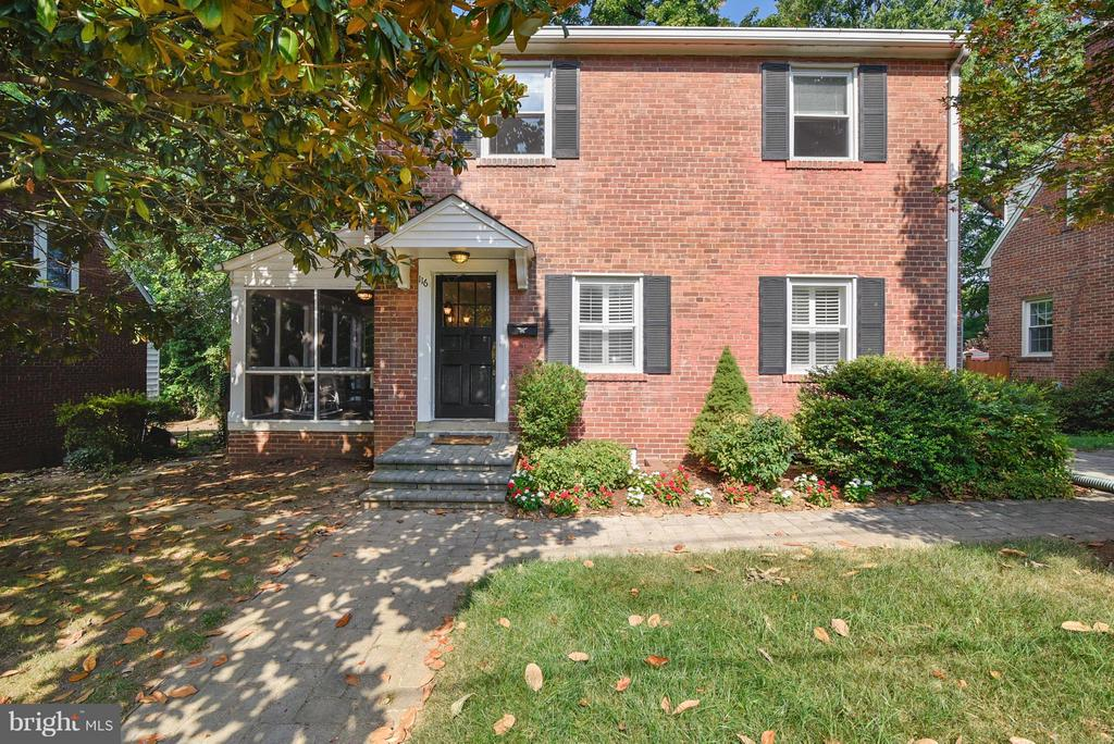 Welcome Home! - 116 MONCURE DR, ALEXANDRIA