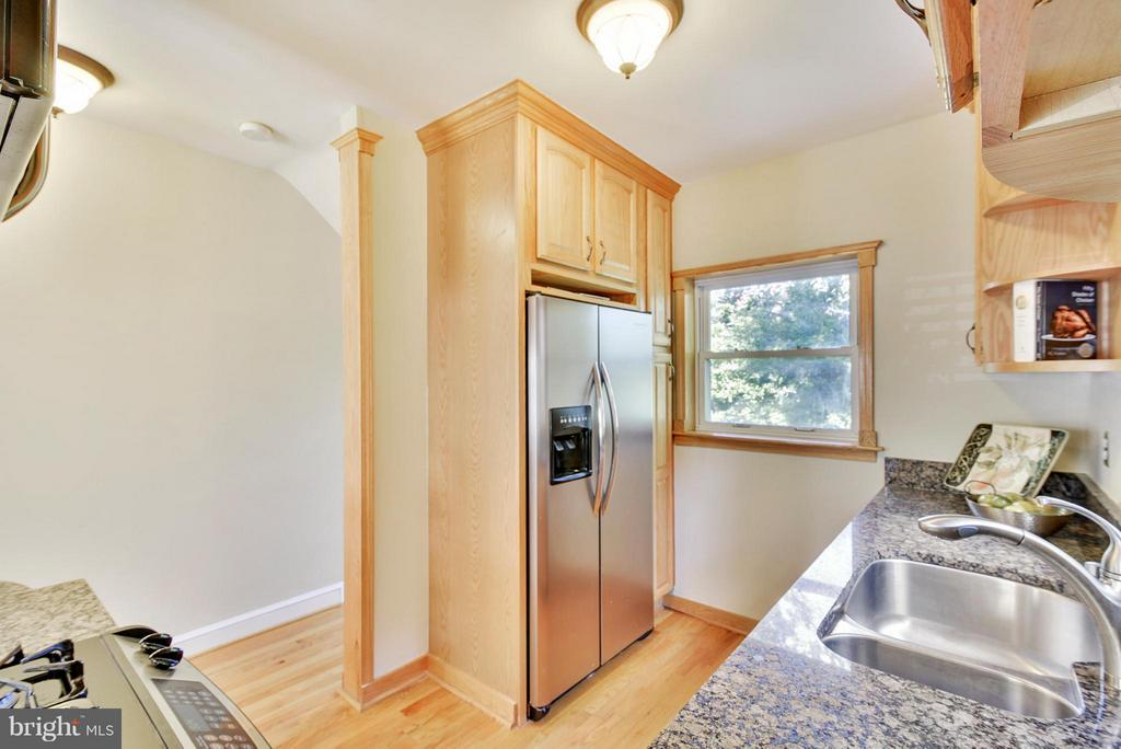 Pantry space next to the Refrigerator - 116 MONCURE DR, ALEXANDRIA