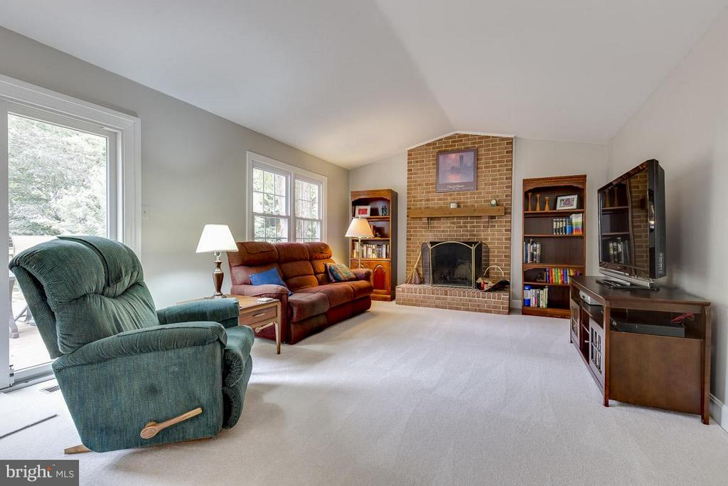 Family Room with Slider Access to Large Deck - 6207 GOODING POND CT, BURKE