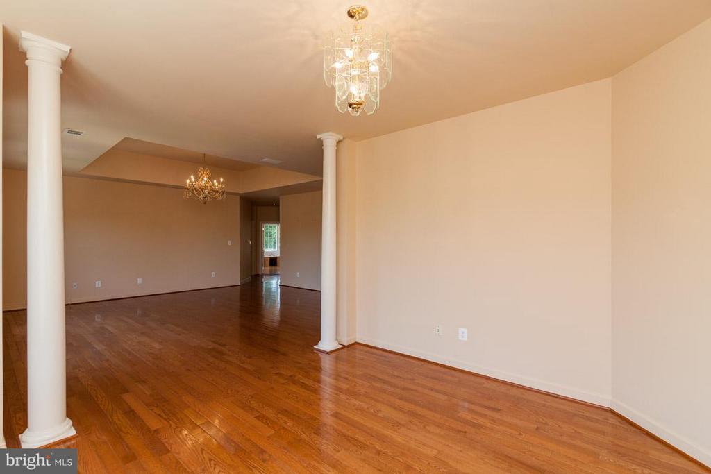 Bedroom (Master) - 1445 MAYHURST BLVD, MCLEAN