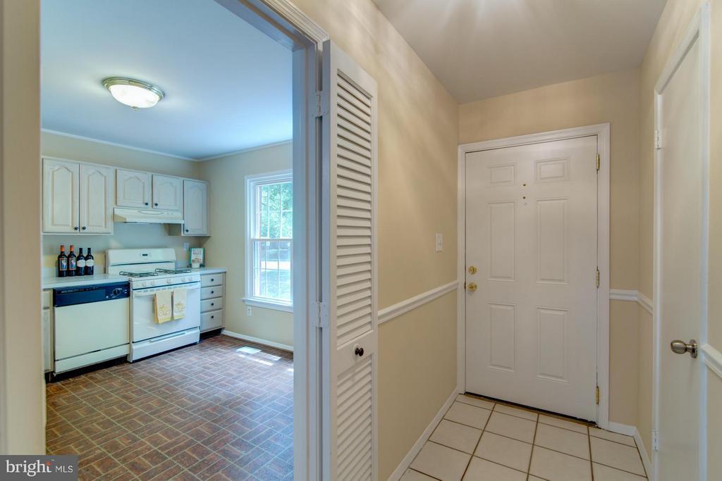 Entry Foyer and Kitchen - 11911 SAINT JOHNSBURY CT, RESTON