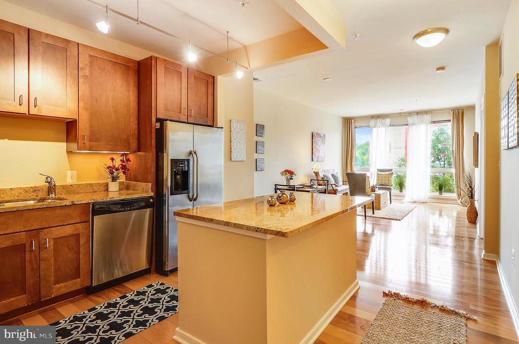 Great cabinet space & under cabinet lighting. - 2200 WESTMORELAND ST #207, ARLINGTON