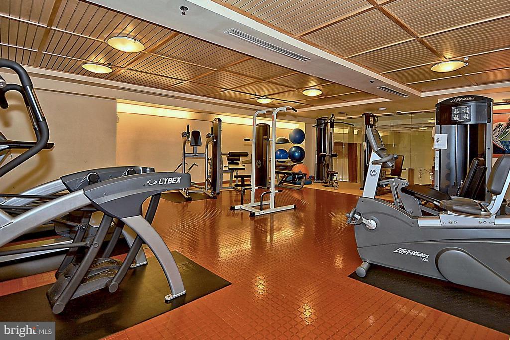Condo fee includes gym - 2200 WESTMORELAND ST #207, ARLINGTON