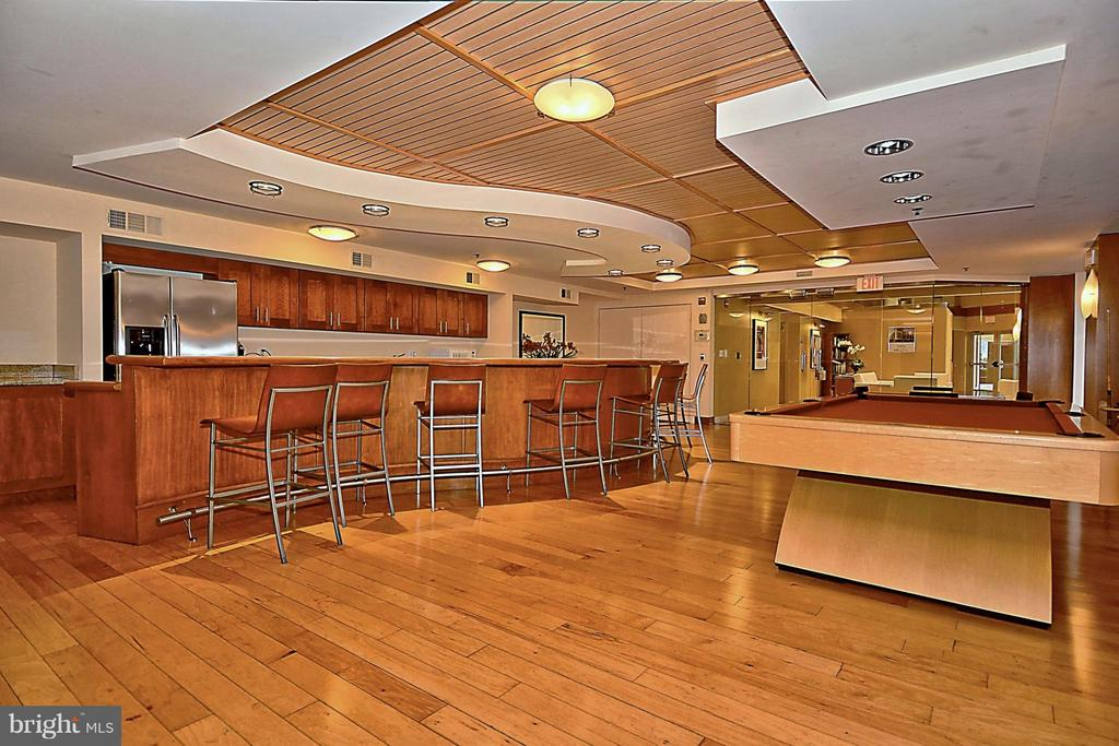 Party Room with Billards - 2200 WESTMORELAND ST #207, ARLINGTON