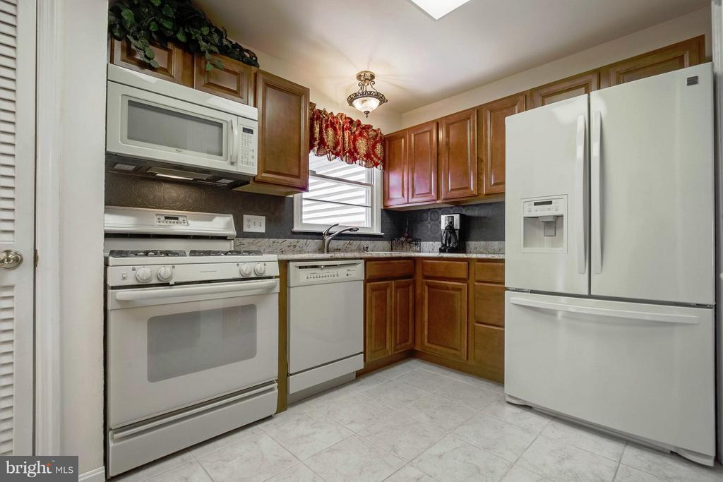 Kitchen - 12628 LEEWAY CT, WOODBRIDGE
