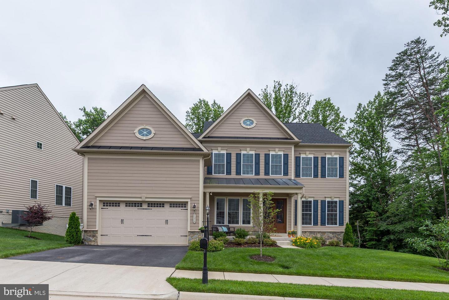 Single Family Home for Sale at 7570 Glen Pointe Court 7570 Glen Pointe Court Springfield, Virginia 22153 United States