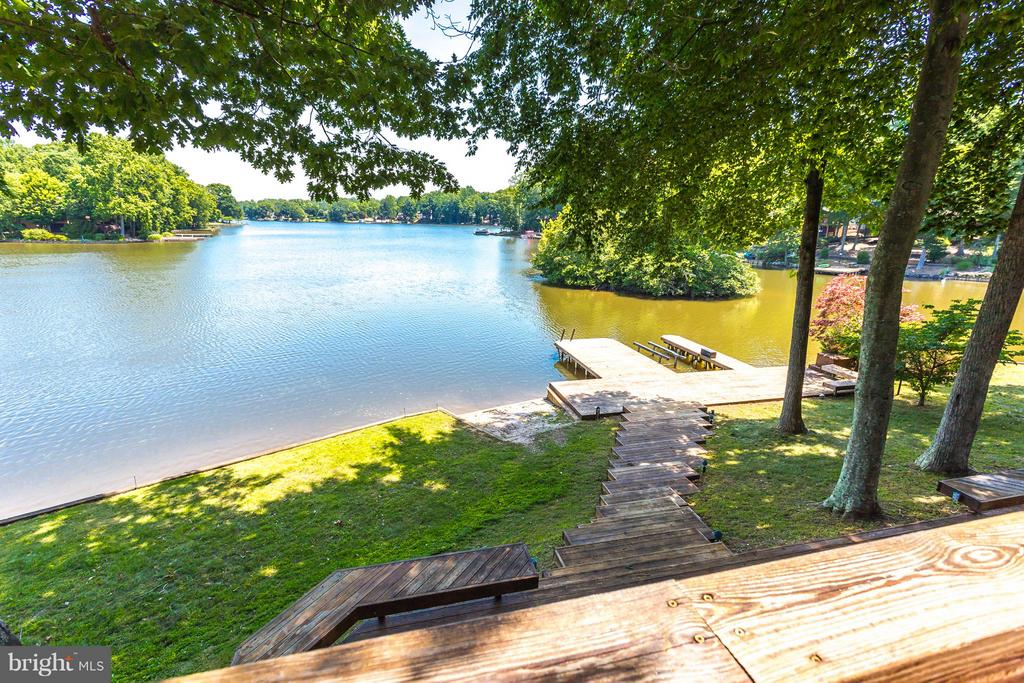 View - 106 HARBORVIEW DR, LOCUST GROVE