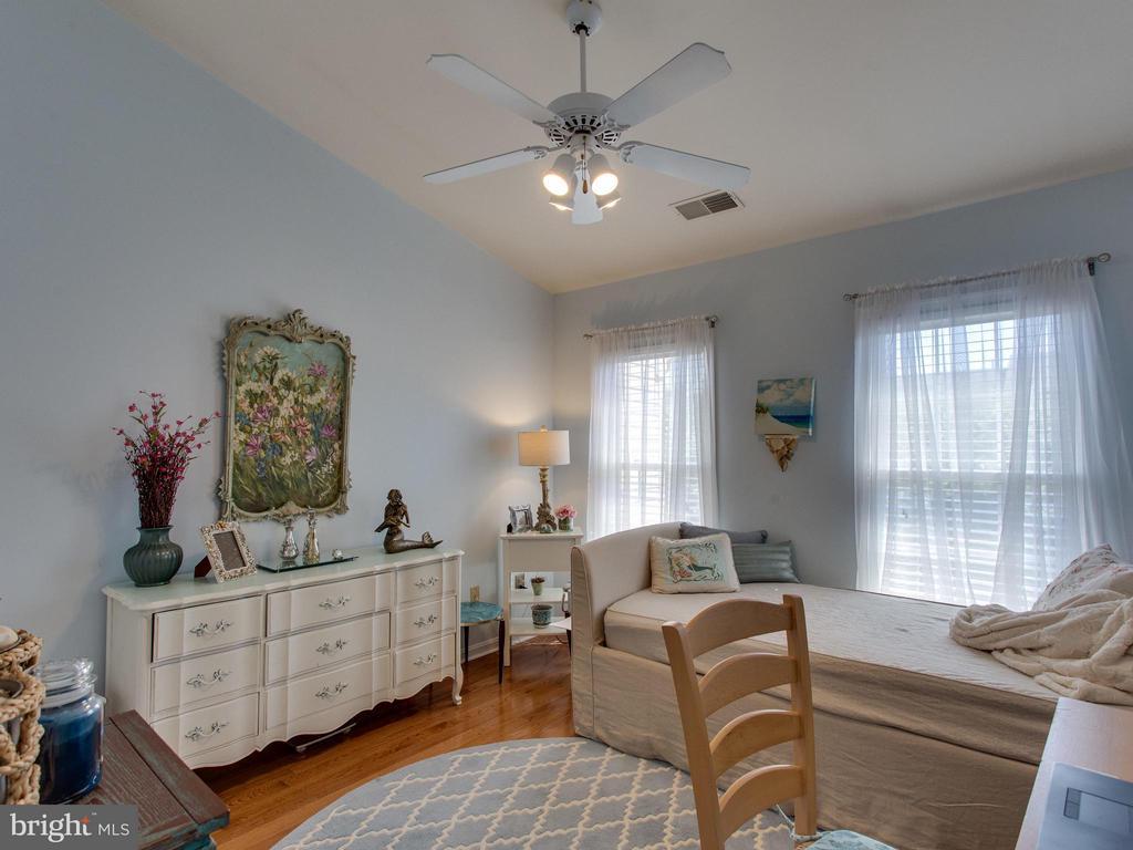 Bedroom 2 - 6610 THURLTON DR, ALEXANDRIA